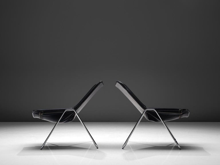 French Pierre Gauriche Pair of 'G1' Lounge Chairs in Black Leather For Sale