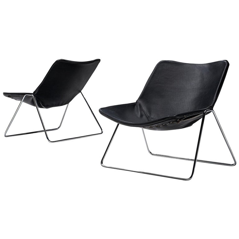 Pierre Gauriche Pair of 'G1' Lounge Chairs in Black Leather For Sale