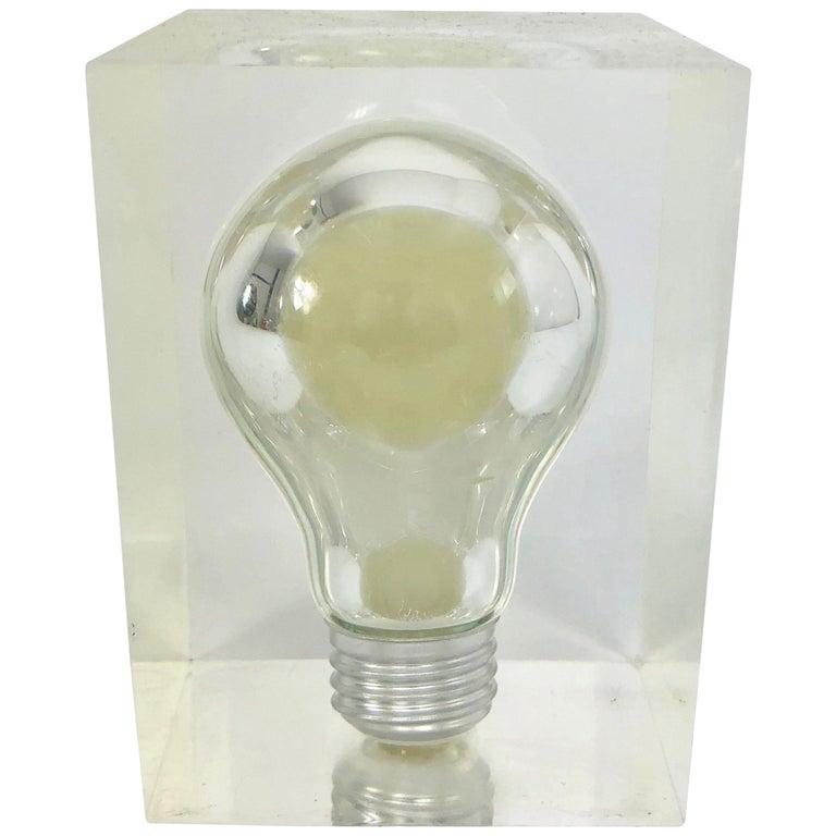 Pierre Giraudon, Pop Art Light Bulb Sculpture in Lucite, Mid-Century Modern For Sale