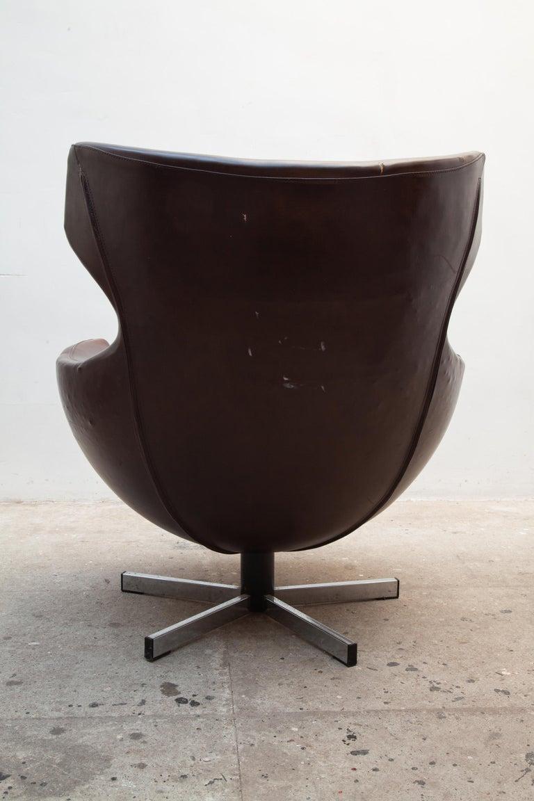 French Pierre Guariche Lounge Swivel Chair