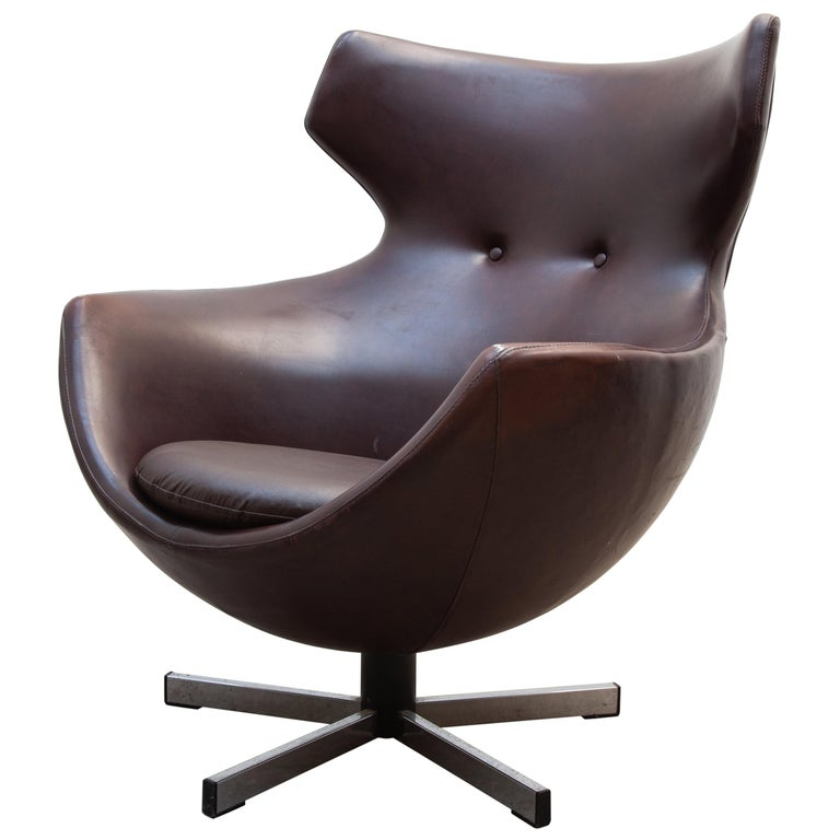 "Pierre Guariche Lounge Swivel Chair ""Jupiter"" Designed by Meurop Belgium, 1960s For Sale"