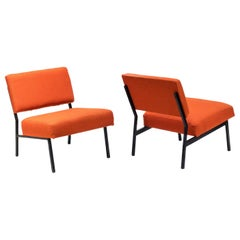 Pierre Guariche, Pair of Fireside Chairs in Black Lacquered Metal and Orange Fab