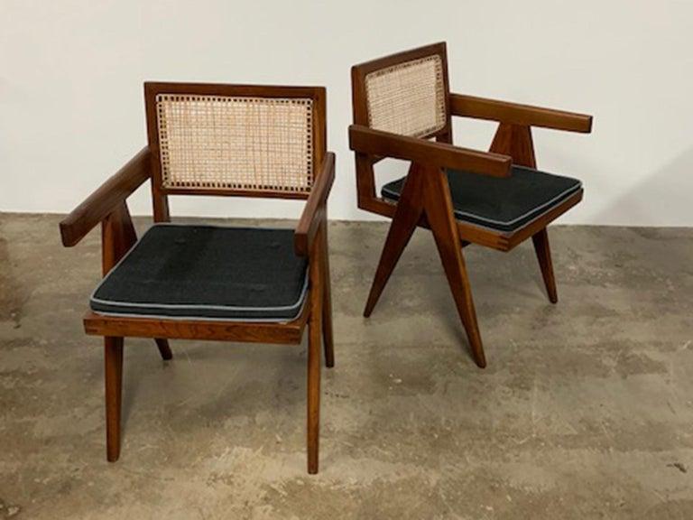 Pierre Jeanneret armchair model #: PJ-SI-28-D.