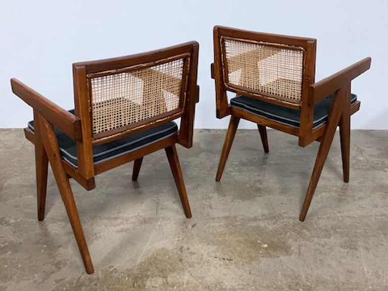Pierre Jeanneret Armchair Model #: PJ-SI-28-D In Excellent Condition For Sale In New York, NY