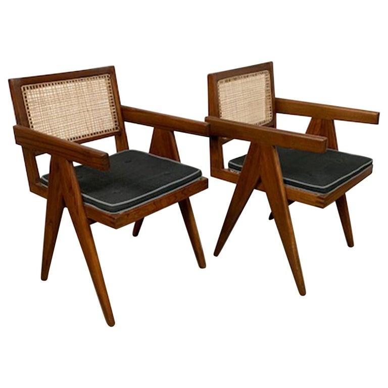 Pierre Jeanneret Armchair Model #: PJ-SI-28-D For Sale