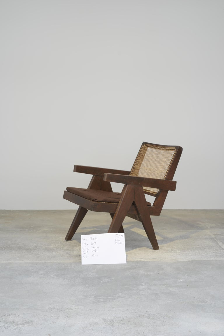 This chair is a fantastic piece, finally it's iconic. It is raw in its simplicity, nothing too much but still nothing is missing. The A-shape legs are characteristic of Pierre Jeannerets design for Chandigarh and you can see it on many other objects