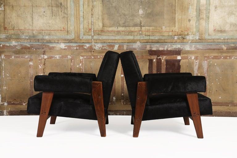 Indian Pierre Jeanneret /Le Corbusier, LC/PJ-SI-42-A/B Sofa Armchairs Set For Sale