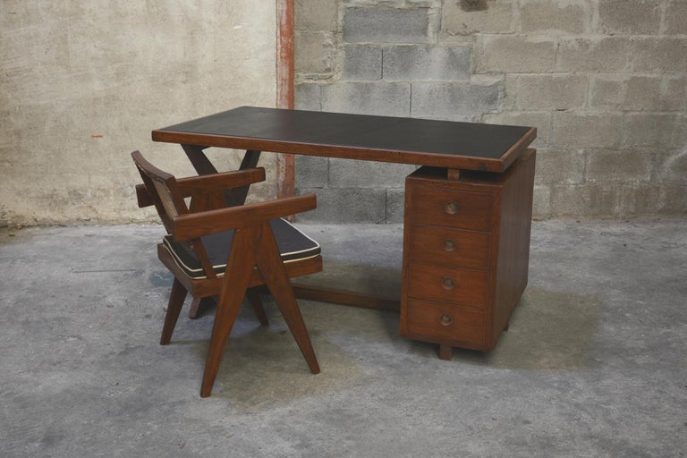 Pierre Jeanneret Office Administrative X-Leg Desk with Black Leather Inset 11