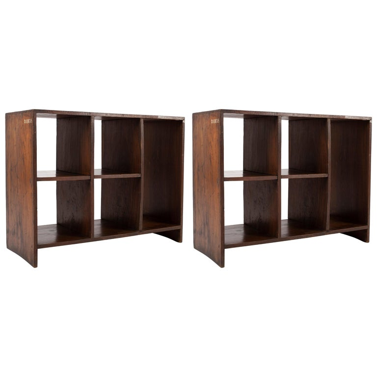 Pierre Jeanneret Pair of Bookcases, Circa 1957 For Sale