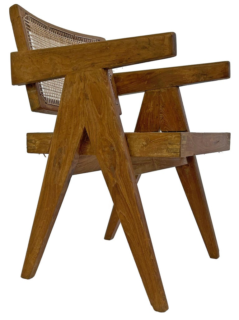 Indian Pierre Jeanneret PJ-SI-28-A Dining Chairs Set of 10 in Teak For Sale
