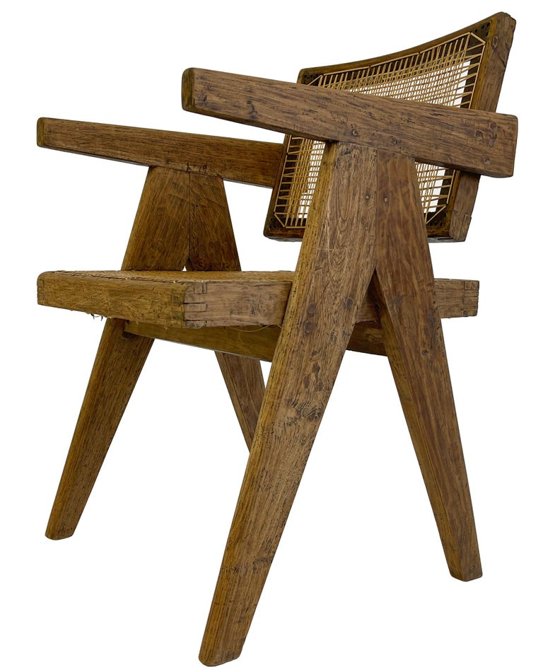 Pierre Jeanneret PJ-SI-28-A Dining Chairs Set of 10 in Teak In Good Condition For Sale In Toronto, Ontario