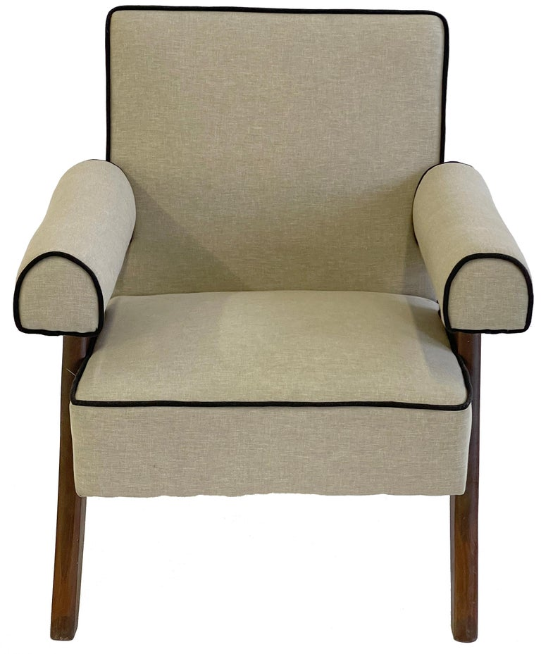 Pierre Jeanneret PJ-SI-32-A Upholstered Easy Armchair For Sale 5