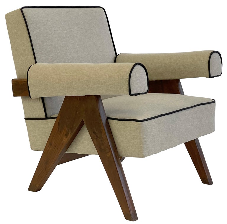 Pierre Jeanneret PJ-SI-32-A Upholstered Easy Armchair For Sale 6