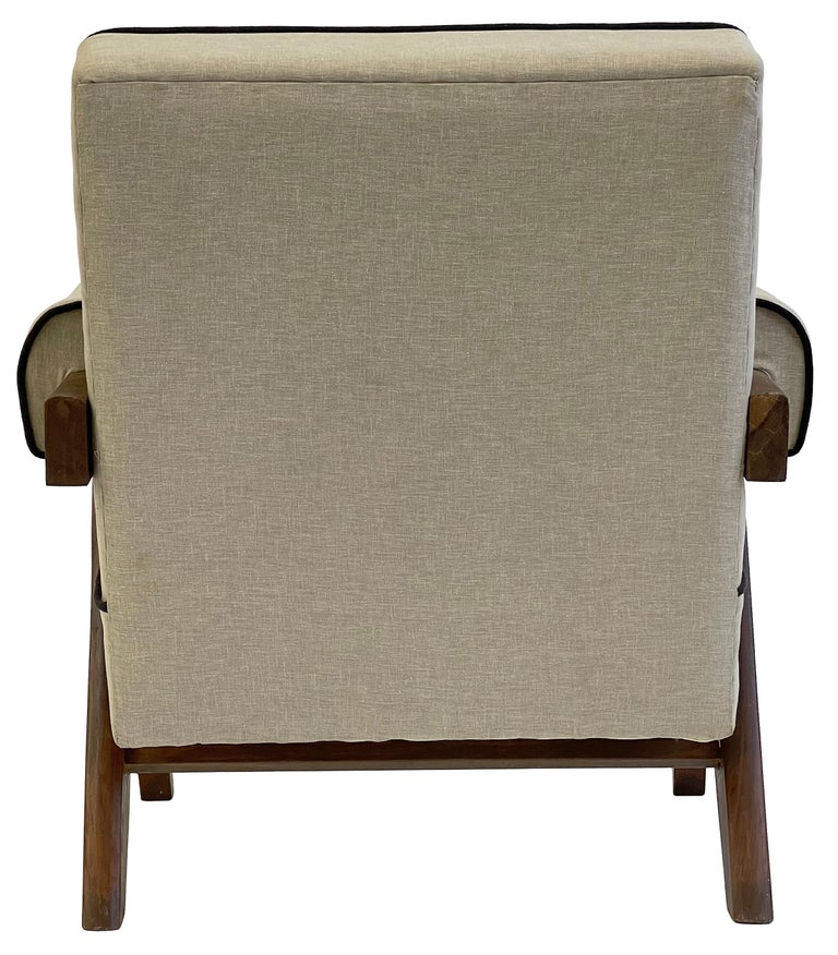 Pierre Jeanneret PJ-SI-32-A Upholstered Easy Armchair For Sale 9