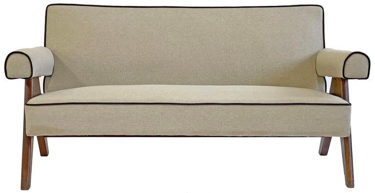 Pierre Jeanneret PJ-SI-32-B Upholstered Sofa For Sale 4