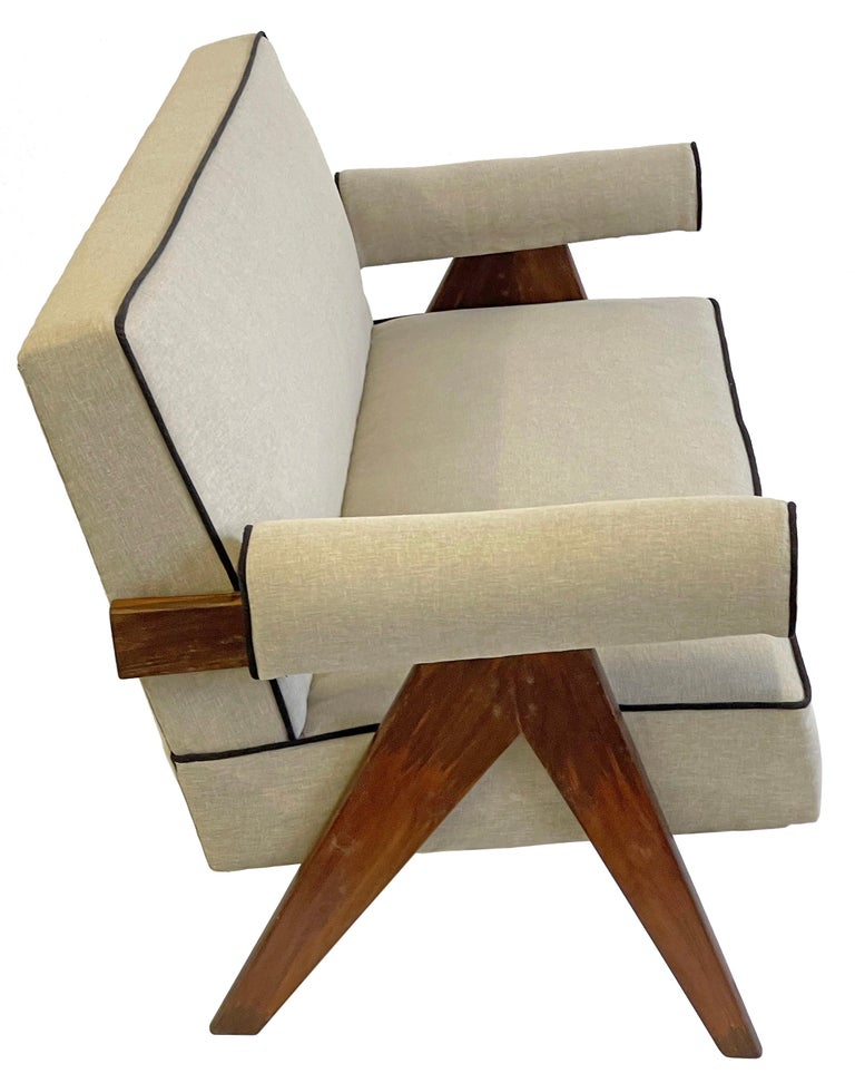 Mid-20th Century Pierre Jeanneret PJ-SI-32-B Upholstered Sofa For Sale