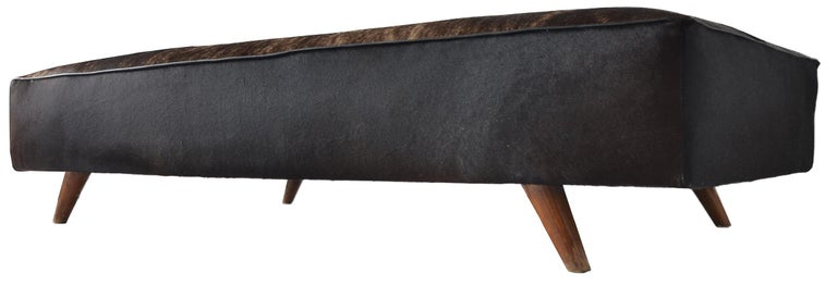 A very nice and rather rare daybed or diwan by Pierre Jeanneret for the Chandigarh Project, circa 1957.  These daybeds were produced in small numbers for Punjab University Administrative buildings and some private residences.   Solid teak feet