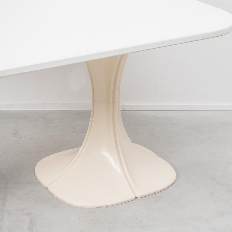 Late 20th Century Pierre Paulin 8810 Flower Chair and Table Boro, Beligium, 1970s For Sale