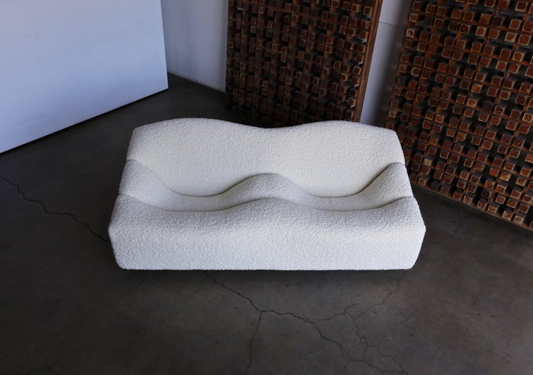Pierre Paulin ABCD settee sofa for Artifort, circa 1970. This piece has been expertly restored in Alpaca Boucle.  The seat height measures: 15