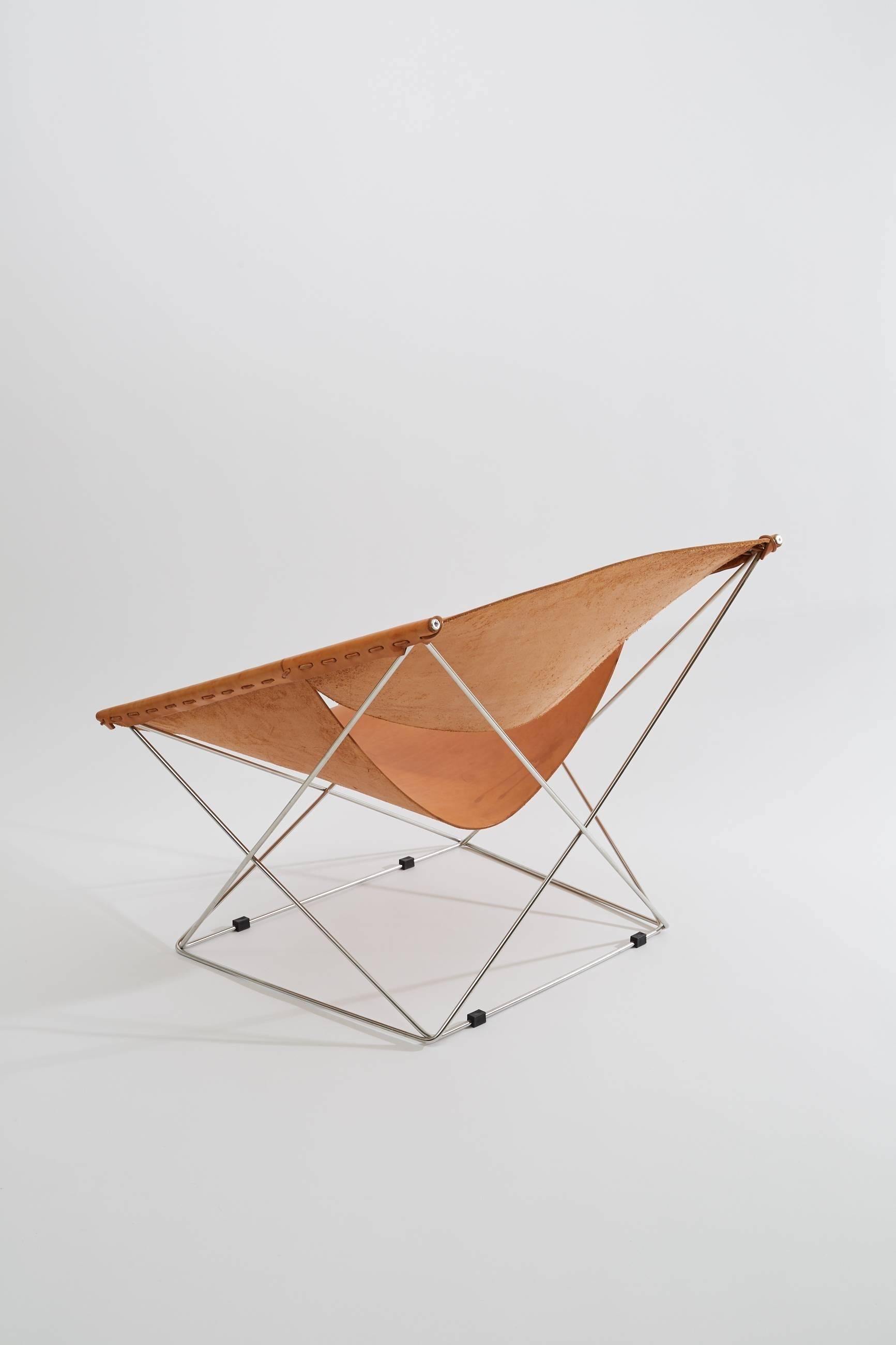 Pierre Paulin Artifort Butterfly Lounge Chair In Natural Leather And Chrome  For Sale At 1stdibs