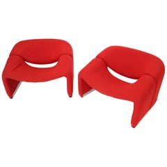 Pierre Paulin Artifort Pair of 'Groovy' Lounge Chairs in Red Wool Upholstery
