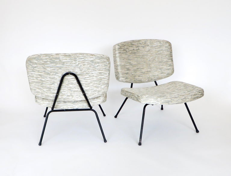 Pierre Paulin CM190 Pair of Slipper Lounge Chairs for Thonet For Sale 7