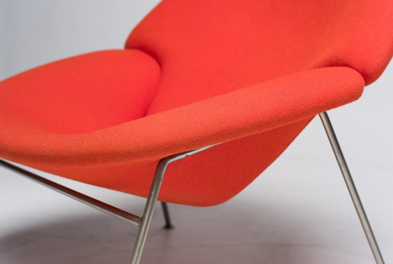Mid-20th Century Pierre Paulin F555 Lounge Chair For Sale