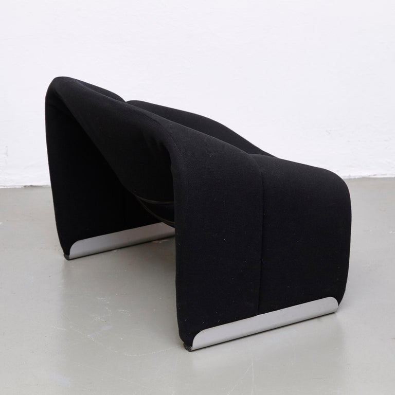 Pierre Paulin, Mid Century Modern, Black Upholstered Groovy Lounge Chair, 1970 For Sale 6