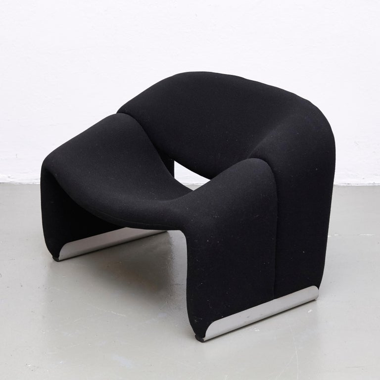 Pierre Paulin, Mid Century Modern, Black Upholstered Groovy Lounge Chair, 1970 In Good Condition For Sale In Barcelona, Barcelona
