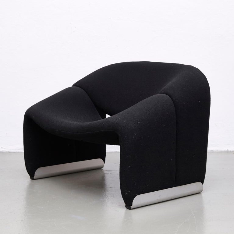 Late 20th Century Pierre Paulin, Mid Century Modern, Black Upholstered Groovy Lounge Chair, 1970 For Sale