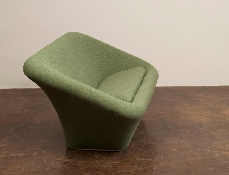 Pierre Paulin Mushroom Sofa in Wool for Artifort, France, 1962 In Excellent Condition For Sale In Santa Fe, NM