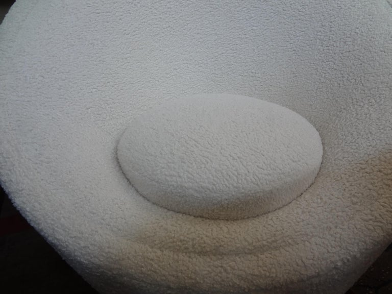 Pierre Paulin Organic Modern Mushroom Lounge Chair In Good Condition For Sale In Houston, TX