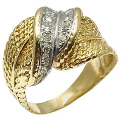Pierre Sterlé Round Diamond and 18 Karat Gold Fashion Ring