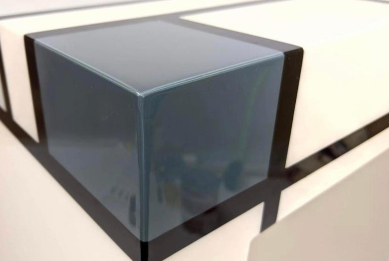 Mondrian Limited Edition Hand-Lacquered Cube Table, Barneys New York, 2007 In Good Condition For Sale In Brooklyn, NY