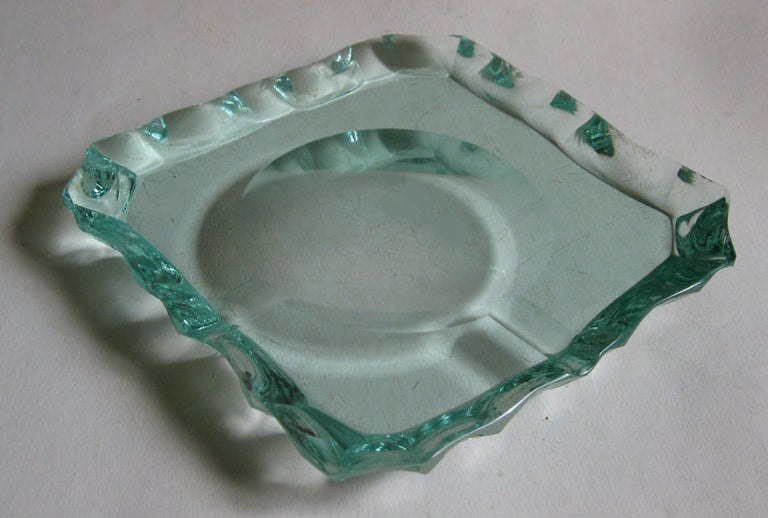 Pietro Chiesa for Fontana Arte Scalloped Edge Crystal Ashtray For Sale 5