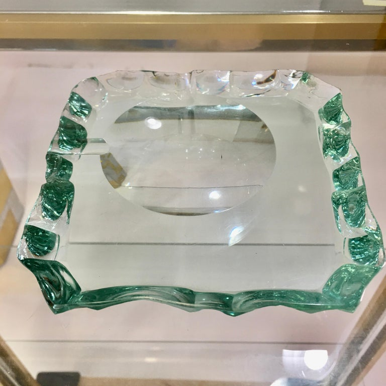 Mid-Century Modern Pietro Chiesa for Fontana Arte Scalloped Edge Crystal Ashtray For Sale