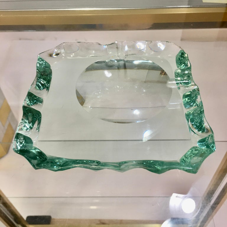 Pietro Chiesa for Fontana Arte Scalloped Edge Crystal Ashtray In Good Condition For Sale In Hingham, MA