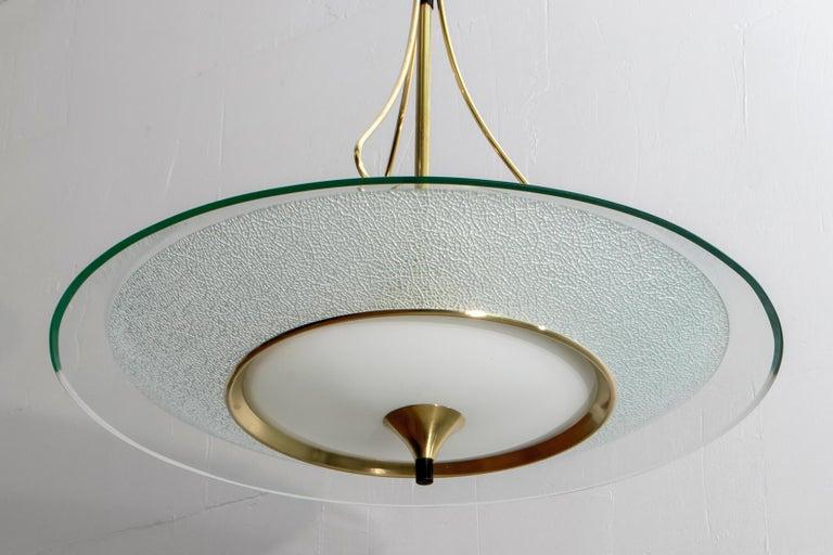 Pietro Chiesa Mid-Century Italian Glass and Brass Chandelier by Fontana Arte 40s For Sale 8