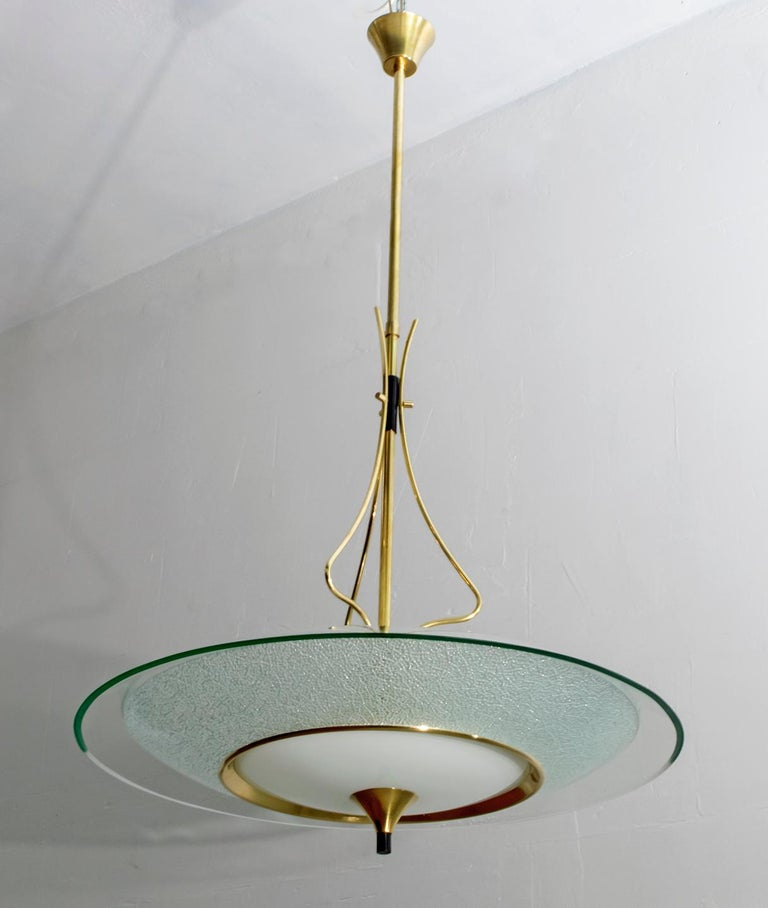 Mid-20th Century Pietro Chiesa Mid-Century Italian Glass and Brass Chandelier by Fontana Arte 40s For Sale