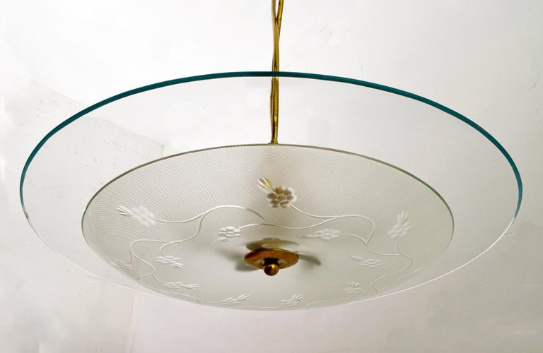 Pietro Chiesa Midcentury Italian Glass and Brass Chandelier by Fontana Arte For Sale 1