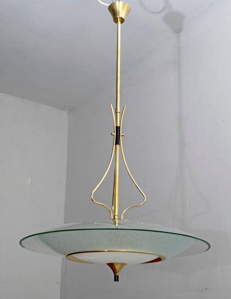 Pietro Chiesa Mid-Century Italian Glass and Brass Chandelier by Fontana Arte 40s For Sale 4