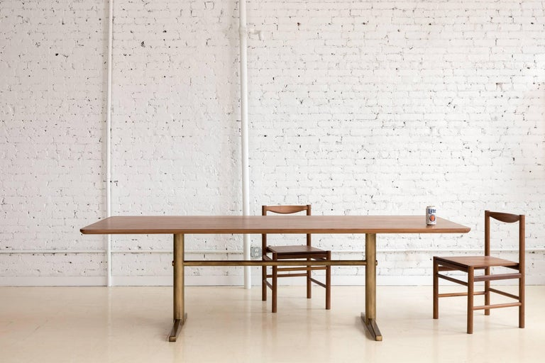Pillar Dining Table in Walnut and Brushed Brass by Fort Standard, in Stock In New Condition For Sale In Brooklyn, NY