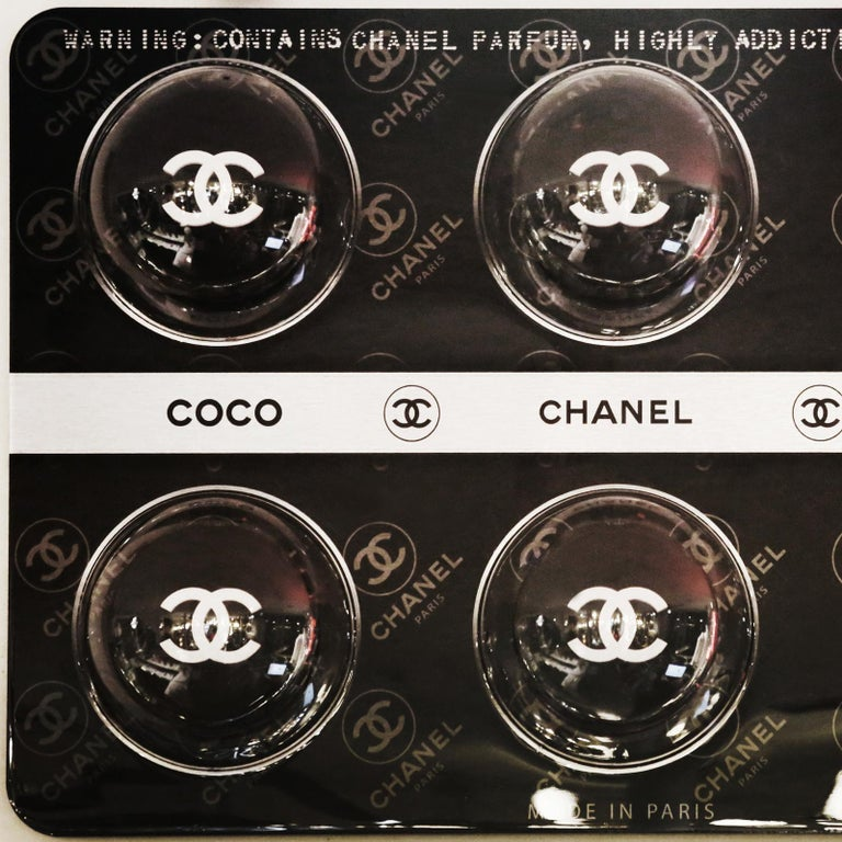 Panel Pills Chanel black, limited edition. Wall decoration.