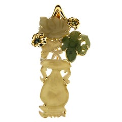 Pin and Pendant 18 Karat Gold Antique Jade