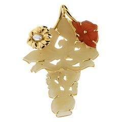 Pin and Pendant Jade Carnelian Pearls 18 Karat Gold