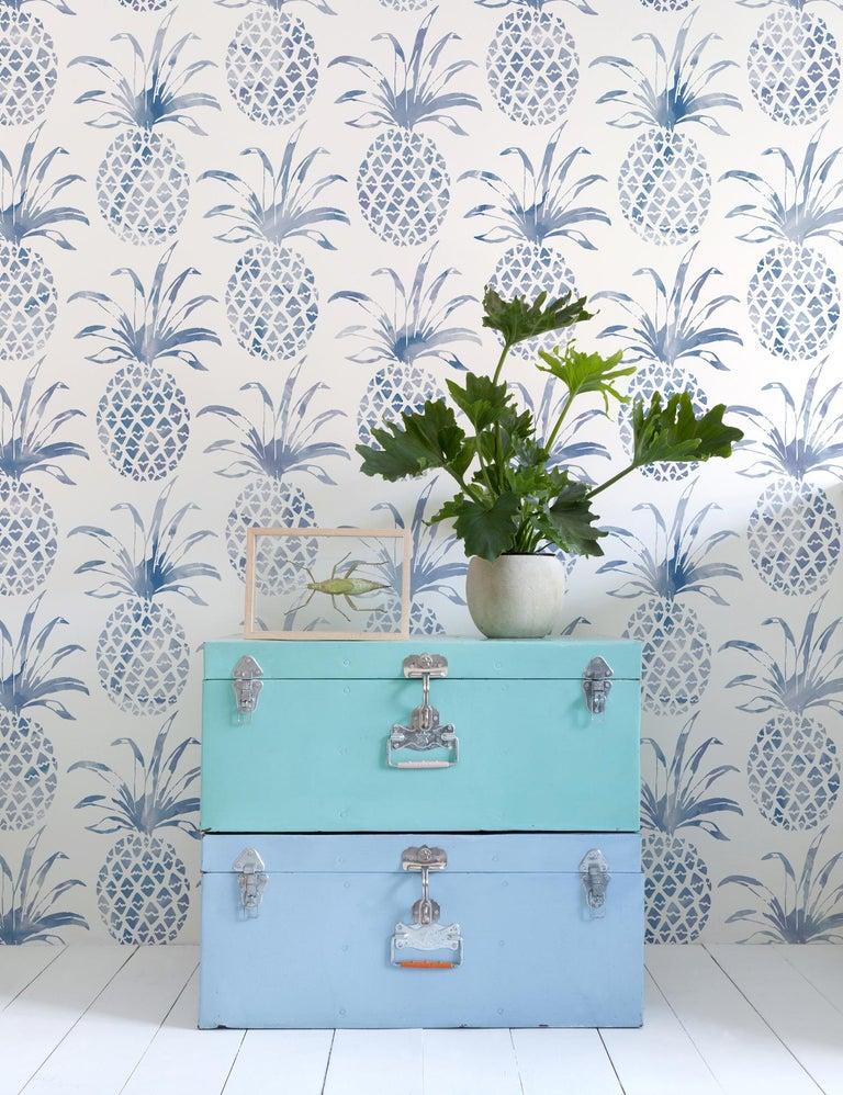 American Piña Pintada Designer Wallpaper in Tang 'Navy Blue and White' For Sale