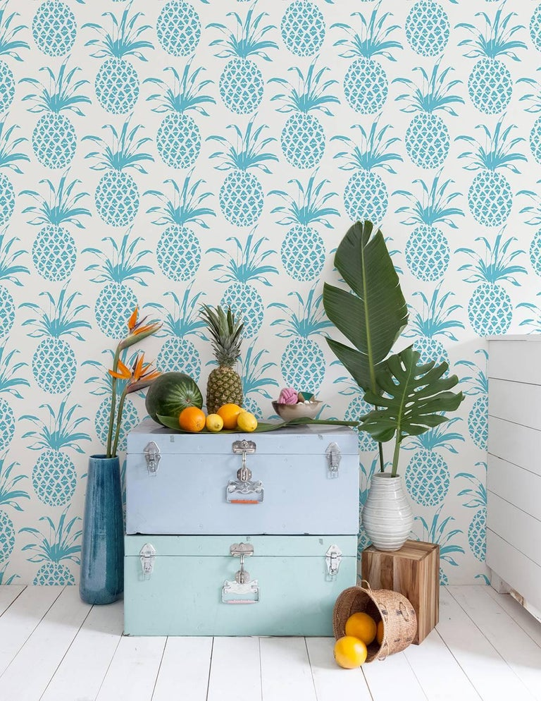 There's no better way to say welcome than with our pineapple wallpaper!   Samples are available for $18 including US shipping, please message us to purchase.    Printing: Digital pigment print (minimum order of 4 rolls), or screen-printed by hand