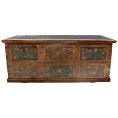 Pine Blanket Chest in Original Decorative Paint