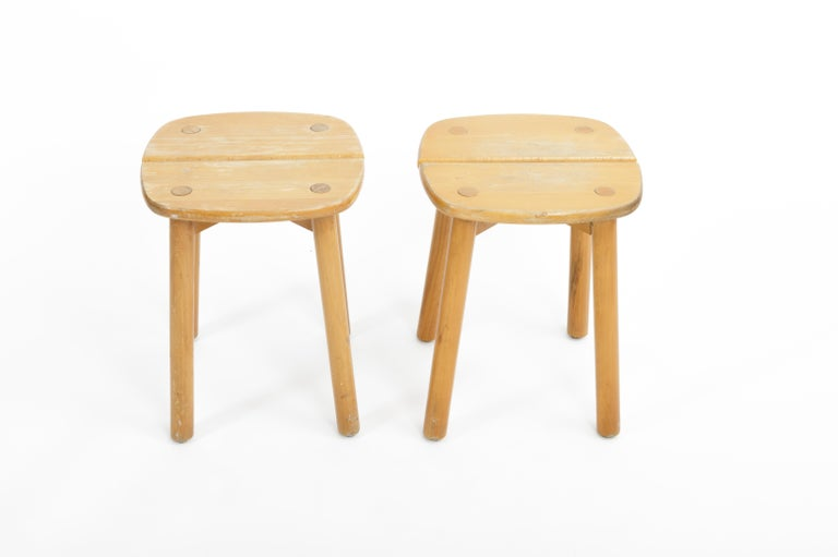 Mid-20th Century Pine Buffet Stool by Pierre Gautier-Delaye, France, circa 1950s  For Sale