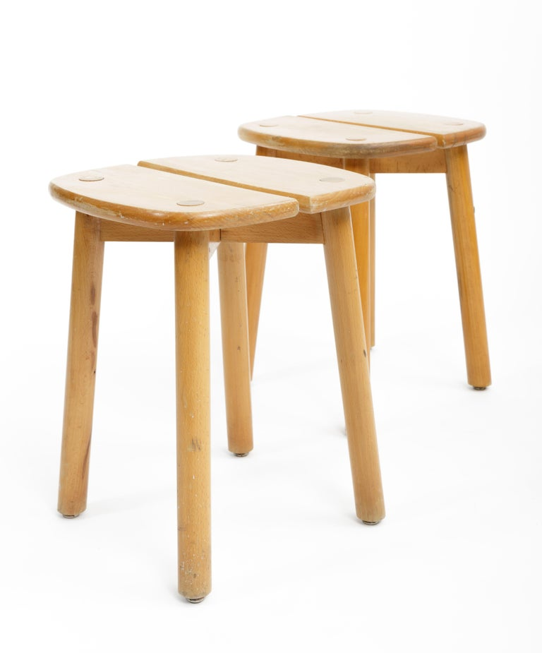 Pine Buffet Stool by Pierre Gautier-Delaye, France, circa 1950s  For Sale 2